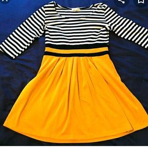 ModCloth 3/4 Sleeve Dress S
